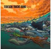 Tedeschi Trucks Band Signs LP